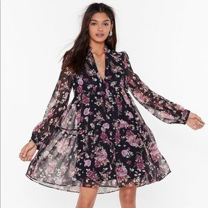 ONLY WORN ONCE - Floral Flowy Dress